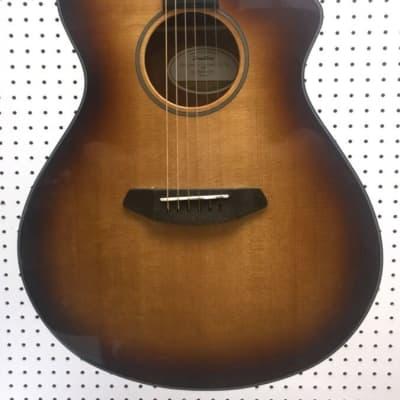 Breedlove Discovery Concert CE SB Acoustic-Electric Guitar - Sunburst - F1027