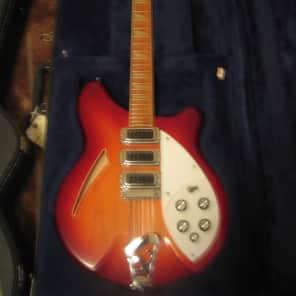 Rickenbacker 370/12 1975 - 1989