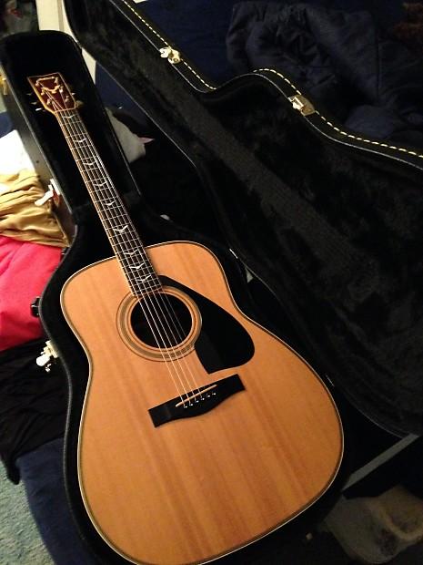 Yamaha Fg Dove Guitar