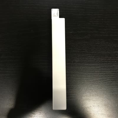 Roland Replacement ***TOP** C/F key for Juno-6/60, Jupiter-6/8, SH-101, VK-09, JX-3P 1983 White