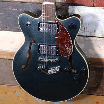 Buy new, used and Vintage guitars, amps, synth modules and