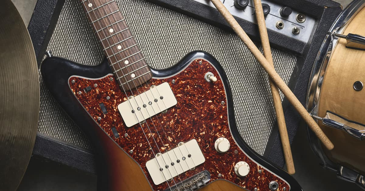 The 7 Laws of Borrowing Gear From Other Musicians