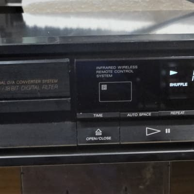 Sony CD Player w Remote, Manual, Japan Made Top Line / Dual Burr browns and more - read! CDP-670