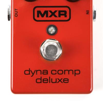 MXR M228 Dyna Comp Deluxe Compressor Guitar Pedal