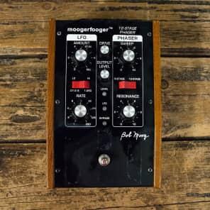 Moog MoogerFooger MF-103 12-Stage Phaser