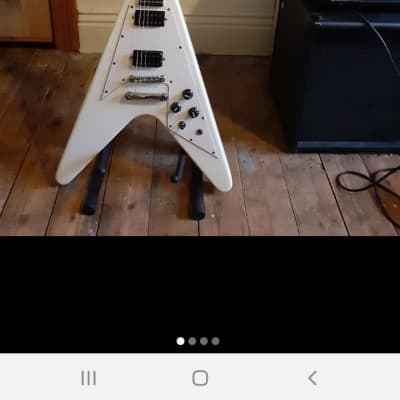 Lindo Victory Flying V 2013 Arctic White for sale