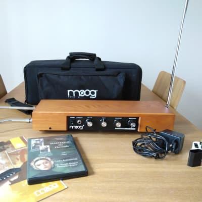 Moog Etherwave Standard Theremin - Assembled (Ash) + Gig Bag + Manual + DVD
