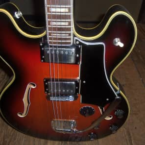 Wurlitzer Model 7742 1970's Sunburst for sale