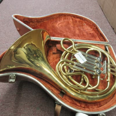 Holton H-602 French Horn Used