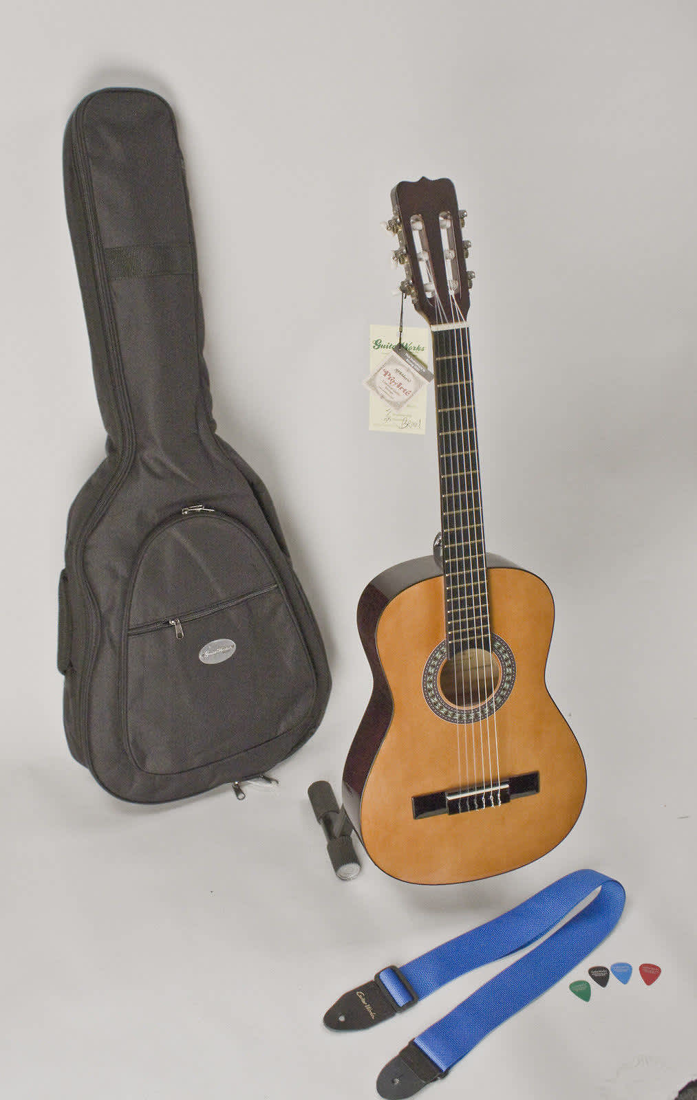 left handed child 39 s guitar 1 4 size 30 with safe easy reverb. Black Bedroom Furniture Sets. Home Design Ideas