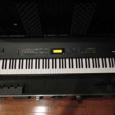Korg N1 Music Workstation w/SKB Case, Pedal, Manual