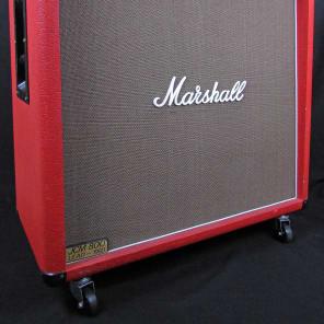 Marshall JCM 800 Lead Series Model 1960B 300-Watt 16ohm Straight 4x12 Cabinet