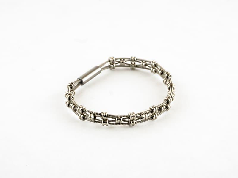 "Vanessa Guitar String Bracelet Silver Size 7.5"" | Reverb"
