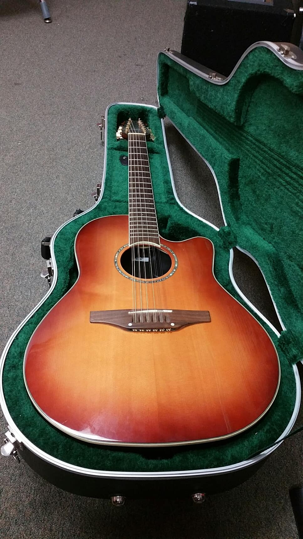 Amazon.com: ovation 12 string