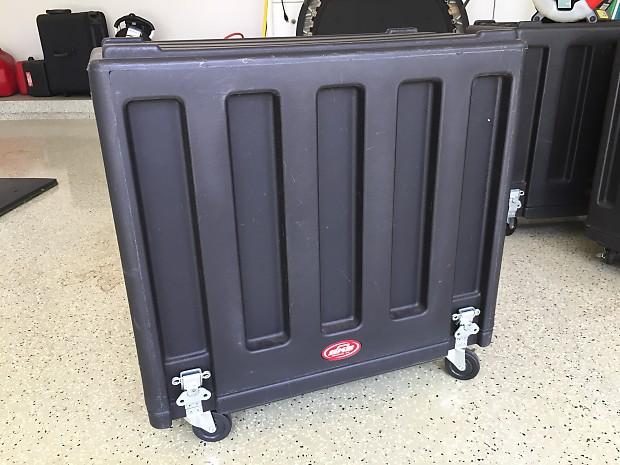 5fd483e2ca SKB SKB Cases 1SKB-R112AUV 1x12 Guitar Amp Cabinet Utility Vehicle Case  (1SKBR112AUV)