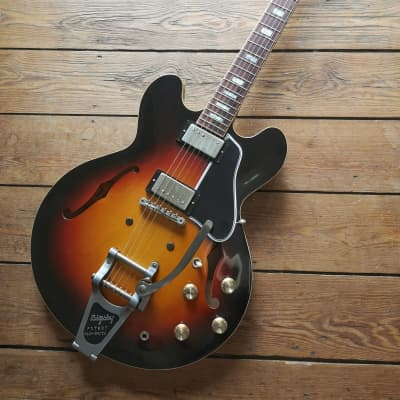 Gibson ES 335 63 Reissue Anchor Stud Bigsby 2018 Sunburst for sale