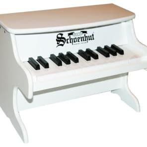 Schoenhut 2522W My First Piano 25-Key Tabletop Childrens/Kids Toy Piano - White
