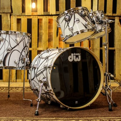 DW Collector's Series Drum Set, White Glass Contrail 20, 10, 12, 15 - SO#1120626