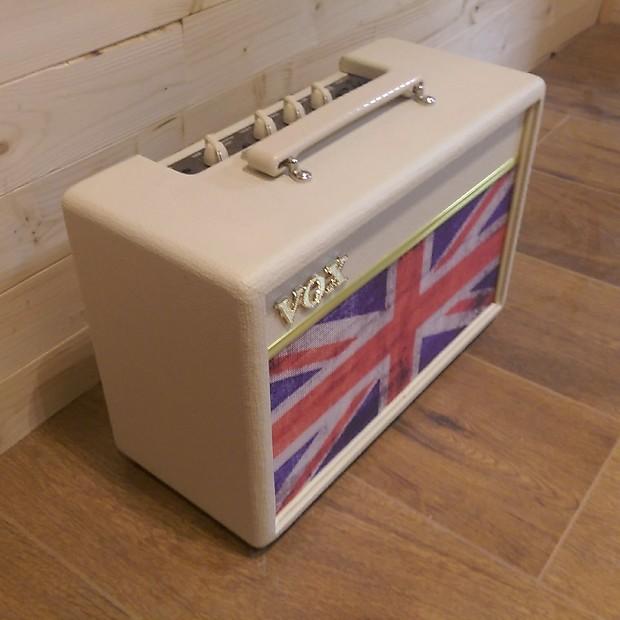 vox pathfinder 10 limited edition union jack guitar combo amp reverb. Black Bedroom Furniture Sets. Home Design Ideas