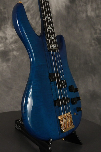 peavy dyna bass ltd unity series 39 62 blue w gold hardware reverb. Black Bedroom Furniture Sets. Home Design Ideas