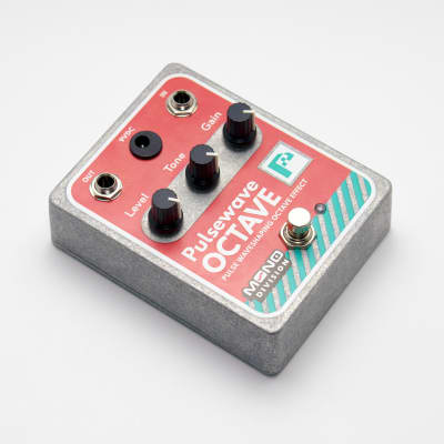 Mono Division Pulsewave Octave — Pulse Waveshaping Octave Pedal