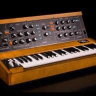 Moog Minimoog Model D Synthesizer Reissue Synth