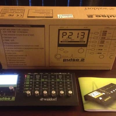 Waldorf Pulse 2 Analog Monosynth in like new condition with box