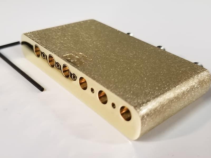 KGC Brass Tremolo Block Upgrade for American Professional Fender  Stratocaster - TONE, SUSTAIN