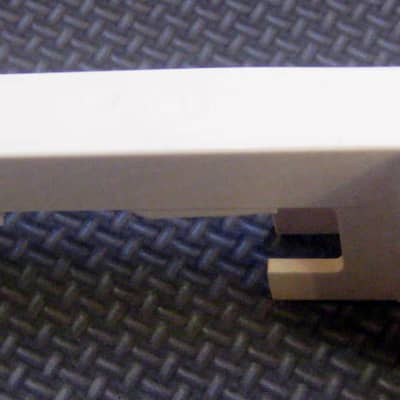 Korg Replacment E Key for Korg M3 88, M50 88, LP350, SV1, SP250 Keyboards  Ivory  With Weight