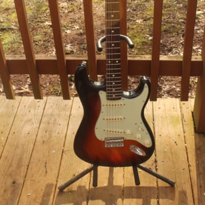 Fender Robert Cray Artist Series Signature Stratocaster  3-Color Sunburst for sale