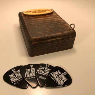 Pick Box - Kona - by KYHBPB - P.O.
