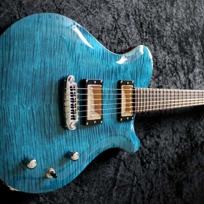 Florian Chateau - Electric guitar Mahogany/flamed maple for sale