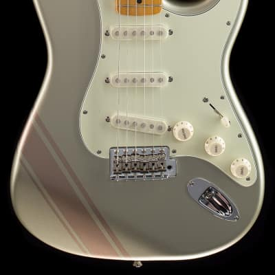 Fender FSR Traditional 50's Stratocaster Inca Silver with Shoreline Gold Stripes (757) for sale