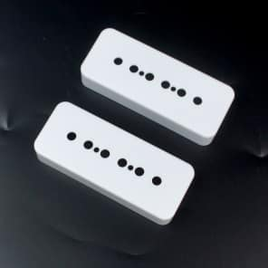A Pair of P-90 p90 Soap-bar Pickup Replacement Covers 50mm/52mm ,White
