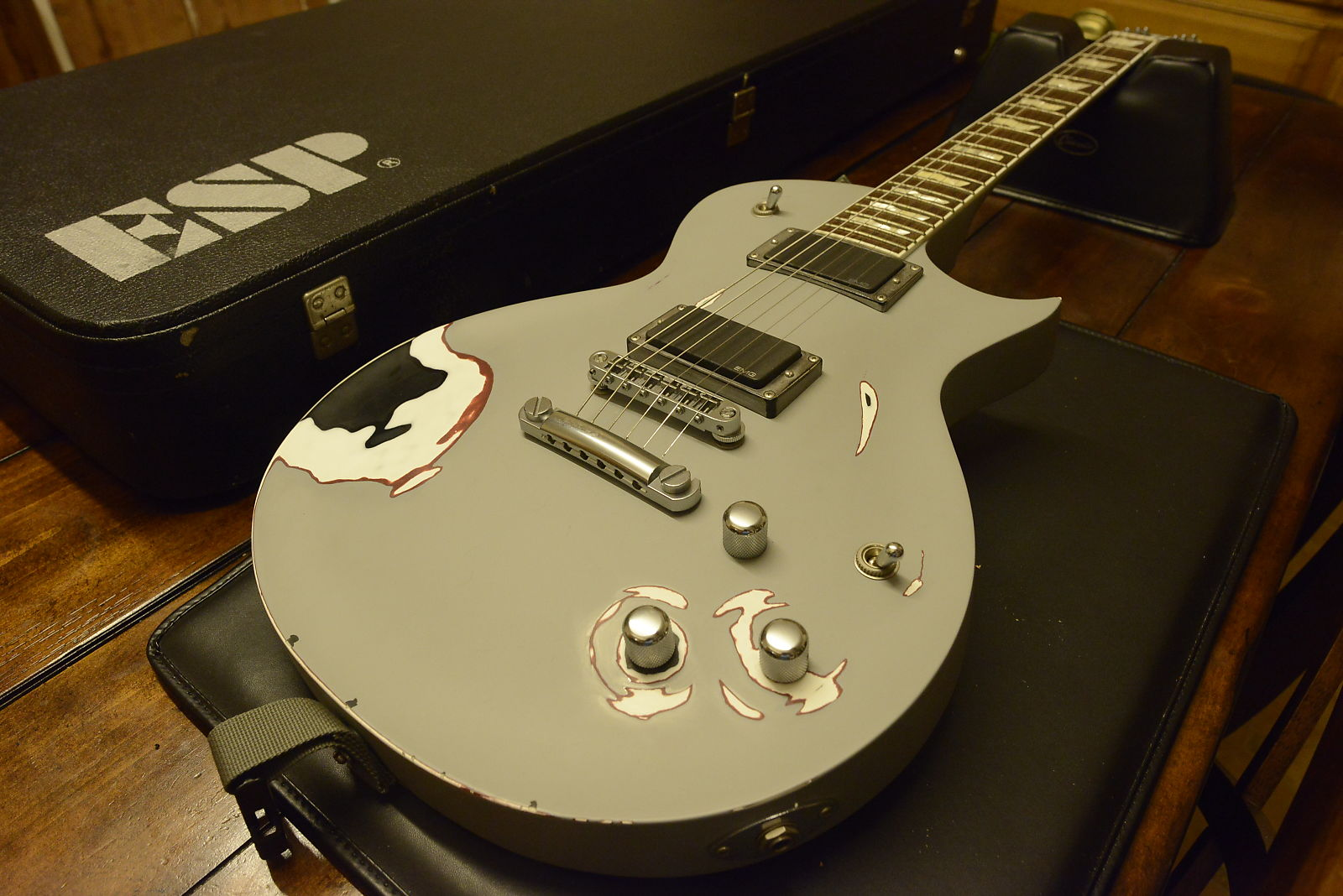 esp james hetfield metallica truckster signature guitar emg 81 60 tonepros custom eclipse. Black Bedroom Furniture Sets. Home Design Ideas