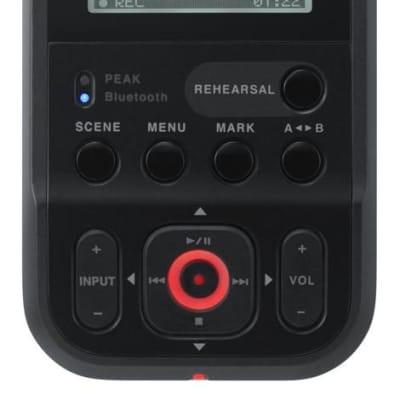 Roland R-07-BK Portable High-Resolution Audio Recorder