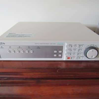 Sanyo DSR-3506 digital video recorder in very good conditio