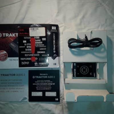 Native Instruments Traktor Audio 2 DJ Interface 2010s Black