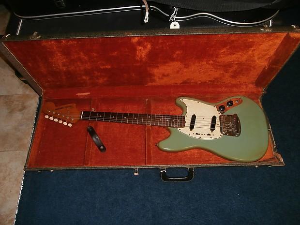 vintage 1967 fender mustang electric guitar w original case reverb. Black Bedroom Furniture Sets. Home Design Ideas