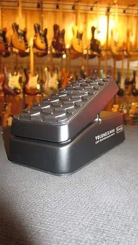 jim dunlop volume x mini volume expression pedal reverb. Black Bedroom Furniture Sets. Home Design Ideas