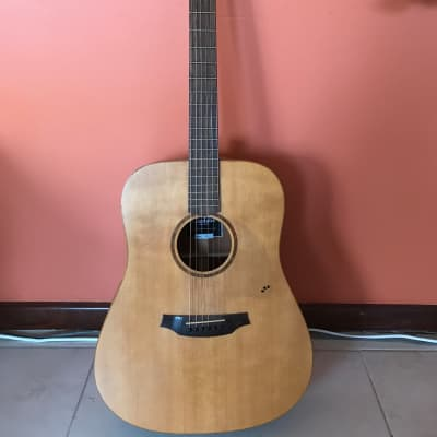 Cordoba Acero D9 Acoustic Guitar with hard case for sale