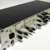 Focusrite VoiceMaster Pro 2010s Silver image