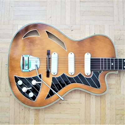 STUNNING Perl-Gold/Perlgold thinline semi-acoustic guitar ~1962 made in East Germany for sale