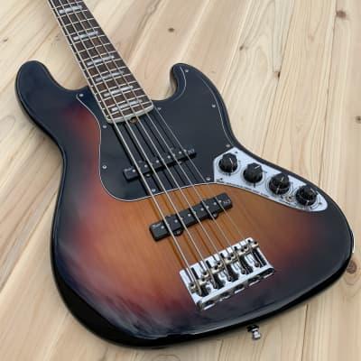 Fender American Deluxe Jazz Bass V, 3-Tone Sunburst, w/case for sale