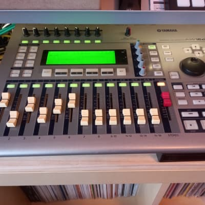 Yamaha AW16G Professional Audio Workstation 16-Track Digital Recorder