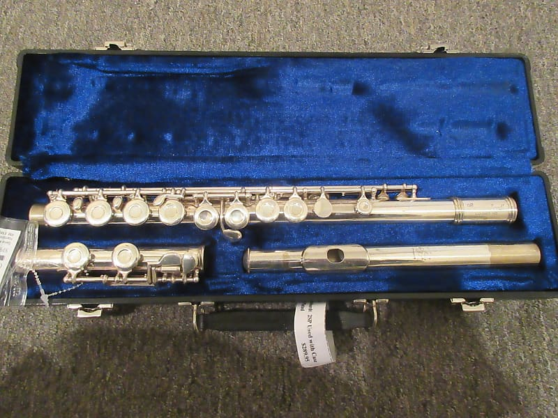 used gemeinhardt 2sp flute springfield music reverb. Black Bedroom Furniture Sets. Home Design Ideas