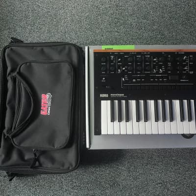 Korg Monologue Black. Comes with FREE Gator carrying case.