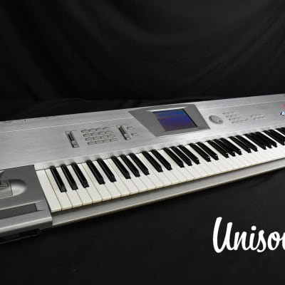 Korg Trinity V3 pro (w/ MOSS feature) in Excellent Condition [Version 3.1.0]