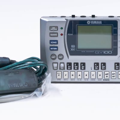 Yamaha QY100 Sequencer Accompaniment Tool with Power Supply & Accessories