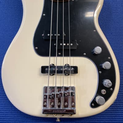 Fender Deluxe Active Precision Bass Special with Pau Ferro Fretboard Olympic White 2017 for sale